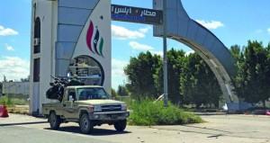 ليبيا: المعارك تحتدم ومطالبات بـ(هدنة) ودعوات عربية لـ(ضبط النفس)