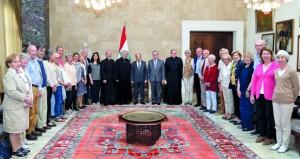 لبنان: عون يؤكد أن الدول التي تغذي الإرهاب لا تؤمن بالديمقراطية