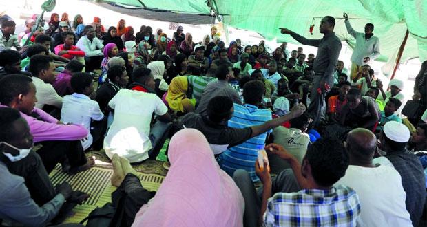السودان: (الانتقالي) يوضح متى ومن سيسلم البشير للجنائية الدولية