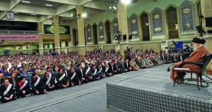 خامنئي: بوسع إيران تصدير كل ما تريد من النفط