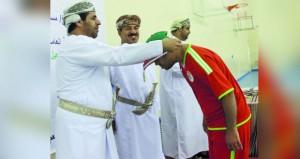 ختام الفعاليات الرياضية لذوي الإعاقة بمحافظة الداخلية بمجمع نـزوى