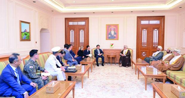 بحث التعاون الثنائي بين السلطنة وكوريا في عدد من المجالات