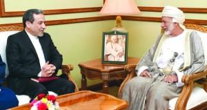 يوسف بن علوي يستقبل مسؤولا إيرانيا