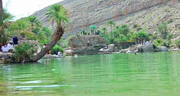 أكثر من 70 ألفا زوار البرك المائية بوادي بني خالد