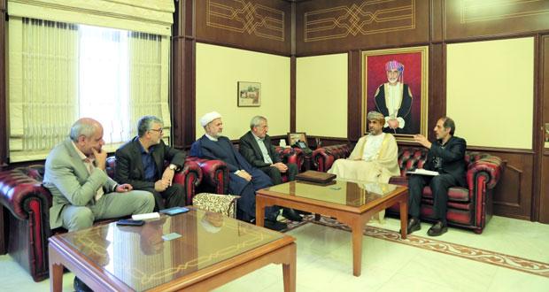 السلطنة وإيران تبحثان تطوير مجالات التعاون في القطاعات الزراعية والحيوانية والسمكية