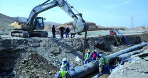 الانتهاء من تأهيل خط نقل المياه المغذي لمحافظتي جنوب وشمال الشرقية