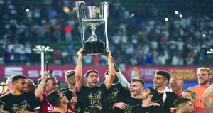 في كأس إسبانيا: فالنسيا ينزل برشلونة عن عرشه ويعمق جراحه