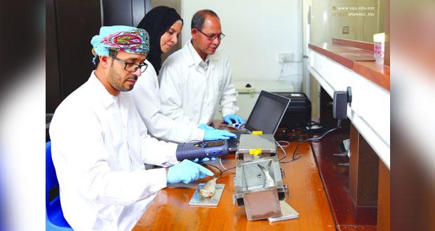 دراسة لجامعة السلطان قابوس تفتح آفاقاً للتأكد من طزاجة الأسماك إلكترونياً