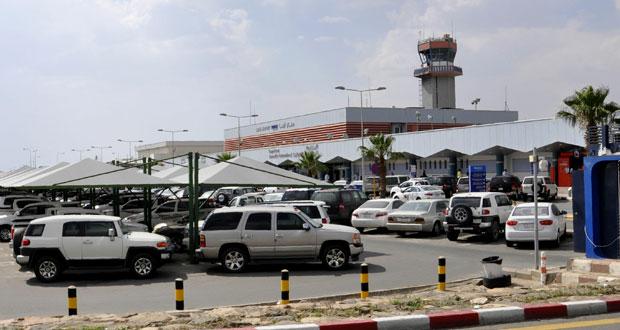 26 مصابا في سقوط مقذوف صاروخي على مطار أبها