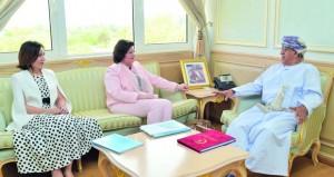بحث التعاون الثنائي بين السلطنة ومنظمة الصحة العالمية