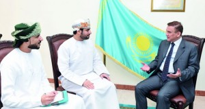 السفير الكازاخستاني يشيد بجهود جلالة السلطان في حلحلة العديد من القضايا الإقليمية والعالمية