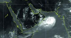 الأرصاد: لا تأثيرات محتملة على سواحل  السلطنة من العاصفة المدارية «فايو»