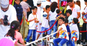 700 مشارك في تدشين برنامج صيف الرياضة بمسقط