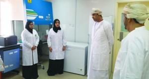 وزير الزراعة والثروة السمكية يطلع على دور المختبر المركزي للصحة الحيوانية في بدبد