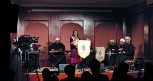 نورة النظيرية تقدم أمسيتها الغنائية المتنوعة بألوان طربية وعمانية شعبية