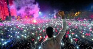 تركيا : أوغلو يعد بـ(بداية جديدة) لإسطنبول .. والليرة ترتفع بعد فوزه برئاسة البلدية