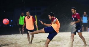 منتخبنا الوطني لكرة القدم الشاطئية يواصل تحضيراته للأولمبياد وكأس العالم