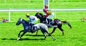 الحصان حزام للخيالة السلطانية يحقق المركز الثالث على مضمار نيوبري