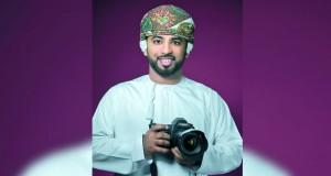 """عبد الرحمن الكندي يقدم دورة""""أساسيات التصوير الضوئي""""بالرستاق"""