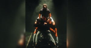 """""""الدن"""" المسرحية تعرض """"لقمة عيش"""" في مهرجان سيبيو الدولي للمسرح الجمهور الروماني يشيد بالعرض"""