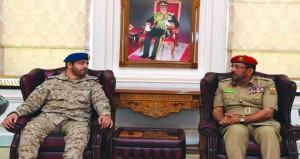 وفد من كلية القيادة والأركان بالمملكة العربية السعودية يزور كلية الدفاع الوطني