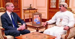 وزير المكتب السلطاني و الوزير المسؤول عن الشؤون الخارجية يستقبلان المبعوث الأميركي الخاص لشؤون إيران