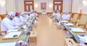 مكتب مجلس الشورى يستعرض التقرير المتعلق بـ(نسيان طلاب المدارس في الحافلات)