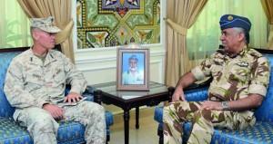 بحث التعاون العسكري بين السلطنة والولايات المتحدة الاميركية