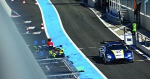 فريق عمان لسباقات السيارات يسجل ثاني أفضل زمن في الاختبارات والتأهيلات الأولية لجولة فرنسا