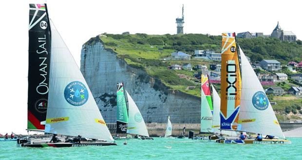 في الطواف الفرنسي عطل فني يفرمل القوارب العمانية في المياه الفرنسية بالجولة الثانية