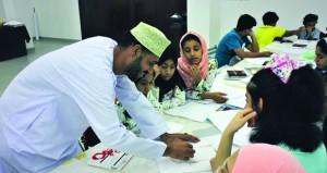 بدء أعمال الدورات الصيفية للجمعية العمانية للفنون التشكيلية