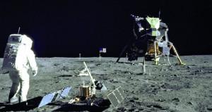 ناسا سترسل روبوت لنشر تليسكوبات على سطح القمر