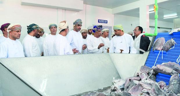 افتتاح مصنع فخر البحار للأسماك بصور