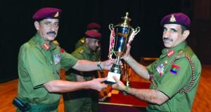 الحرس السلطاني العماني يحتفل بتكريم عدد من المجيدين