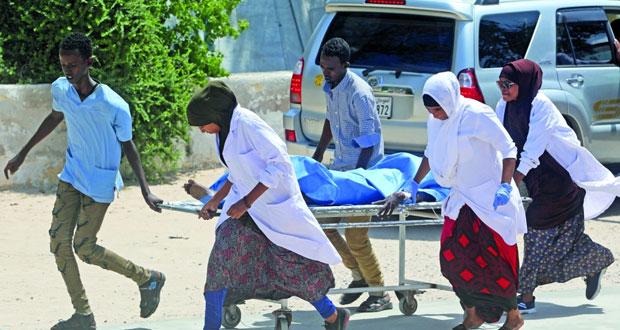 """الصومال : عشرات القتلى والجرحى بتفجير انتحاري .. و""""الشباب"""" تتبنى"""