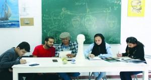 الجمعية العمانية للفنون التشكيلية تواصل تقديم دروسها الفنية لدعم المواهب الشابة