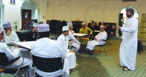 اختتام برنامج بناء مهارات الابتكار بمكتبة المعرفة بمركز السلطان قابوس العالي للثقافة والعلوم