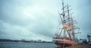 شباب عمان الثانية تصل ميناء البورج بمملكة الدنمارك