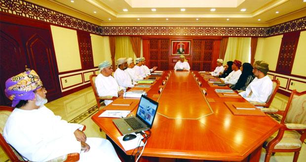 اللجنة الرئيسية لانتخابات الشورى تطلع على البرامج التقنية المستخدمة في الانتخابات