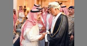 تعازي جلالته في بندر بن عبد العزيز ينقلها شهاب بن طارق