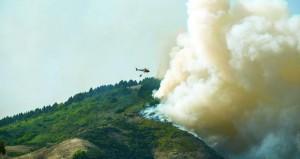 أسبانيا تجلي نحو 2000 شخص جراء حريق غابات بجزر الكناري