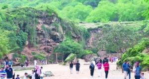 موسم صلالة السياحي: قرابة 603 آلاف زائر بنهاية الأسبوع الثامن