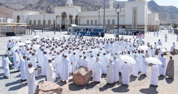 بعثة الحج العسكرية تزور المواقع الدينية والتاريخية بالمدينة المنورة