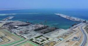 ميناء الدقم: طرح مناقصة رافعات الحاويات بالرصيف التجاري
