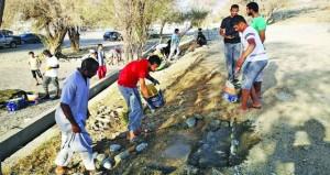مبادرات من أهالي بلدة الأبيض بنخل في صيانة وتنظيف فلج الخطم