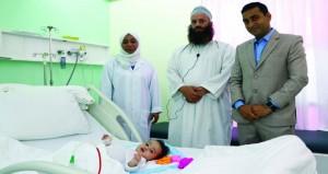 طفل بعمر ستة أشهر يخضع لعملية جراحية نادرة بمستشفى ستاركير