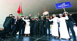 (شباب عمان الثانية) تفوز بالجائزة الدولية لسباقات السفن الشراعية الطويلة