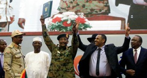 بمشاركة السلطنة .. السودان يوقع وثائق الانتقال للسلطة المدنية