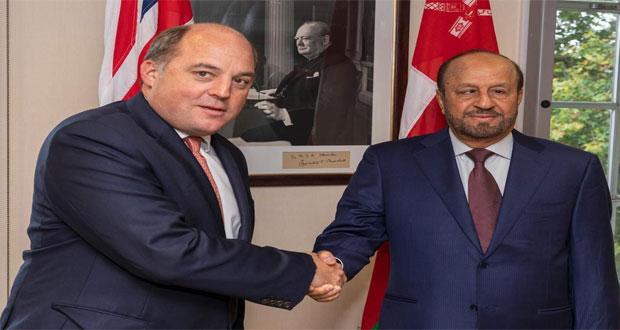 مباحثات عمانية بريطانية في مجالات التعاون العسكري