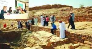 الحلقة الدولية لإدارة المنتزهات والمواقع الأثرية تختتم أعمالها بنـزوى اليوم